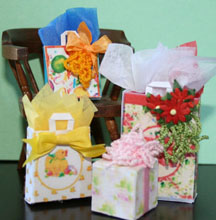 hoto of gift bags miniature